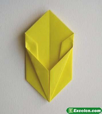 郁金香的折法图解7