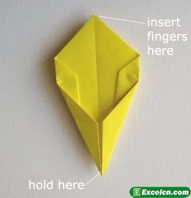 郁金香的折法图解8